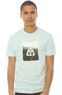 Men's The Wanderer Tee in Light Blue, T-shirts