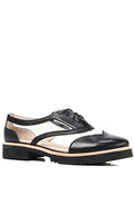 Women&#39;s The Max Shoe in Black Leather, Shoes
