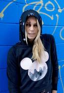 Dripey Mickey Pullover in Black