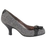 Vanessa Shoes (Black/White) - Women's Shoes - 6.0
