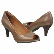Cynthia Avant Shoes (Platinum Leather) - Women's S