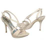 Antilles Shoes (Ivory) - Women&#39;s Shoes - 9.0 M