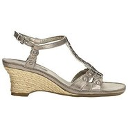 Zenacious Shoes (Kark Silver Leather) - Women&#39;s Sh