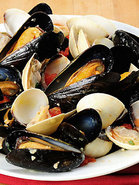 Mussels & Clams In White Wine Butter Sauce