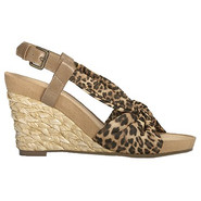 Plush Pillow Sandals (Leopard Tan) - Women&#39;s Sanda
