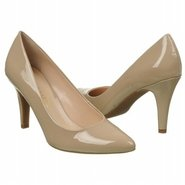 Howie Shoes (Dune) - Women's Shoes - 6.5 M