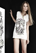 Tess Vine Skull Tee - White - Medium