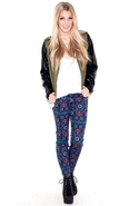 The Ankle Skinny in Midnight Tapestry - Midnight T